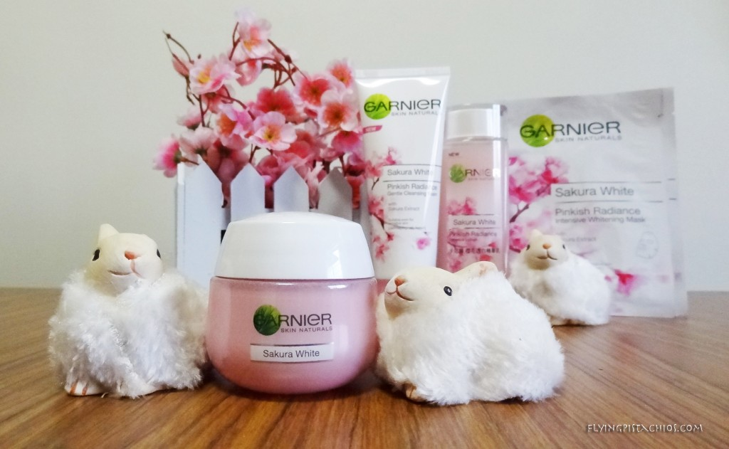 Garnier Sakura White Pinkish Radiance Moisturizing Cream with SPF 21/ PA+++